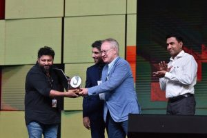 IFFI2018: Lijo Jose Pelliserry, Chemban Vinod Jose win Silver Peacock awards